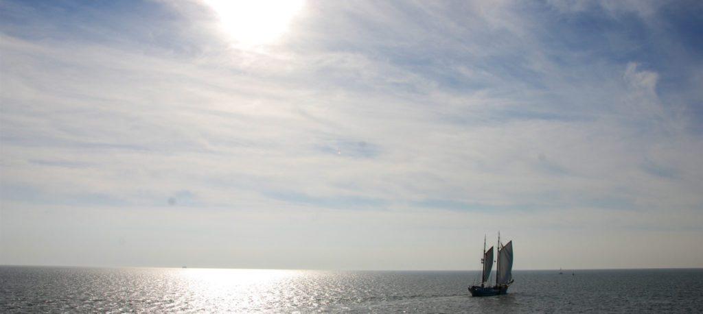 over zee naar hansesail